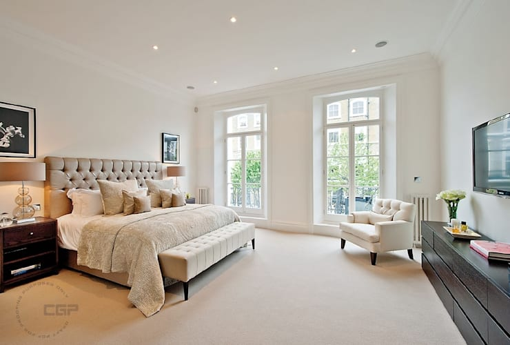 Chelsea Family House:  Bedroom by Black and Milk | Interior Design | London