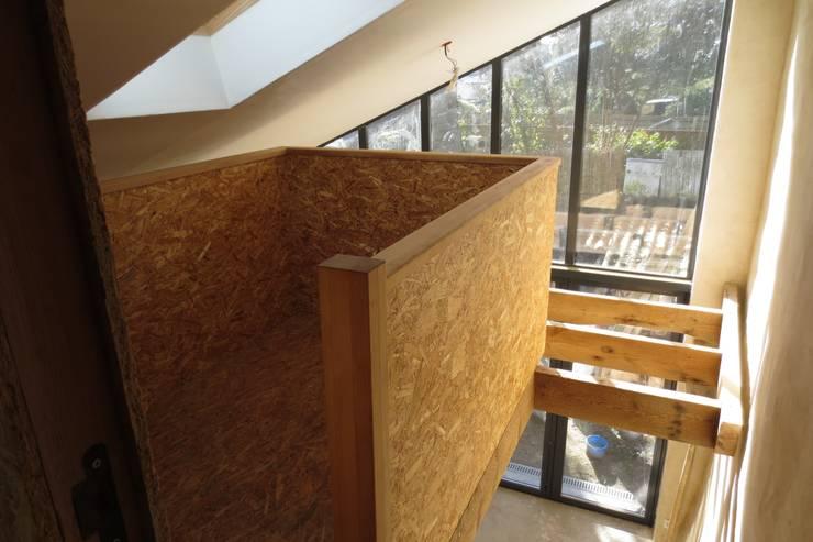 Du Sel – Réhabilitation d'un ancien garage à sel: Maisons de style  par Vincent Souquet Architectures