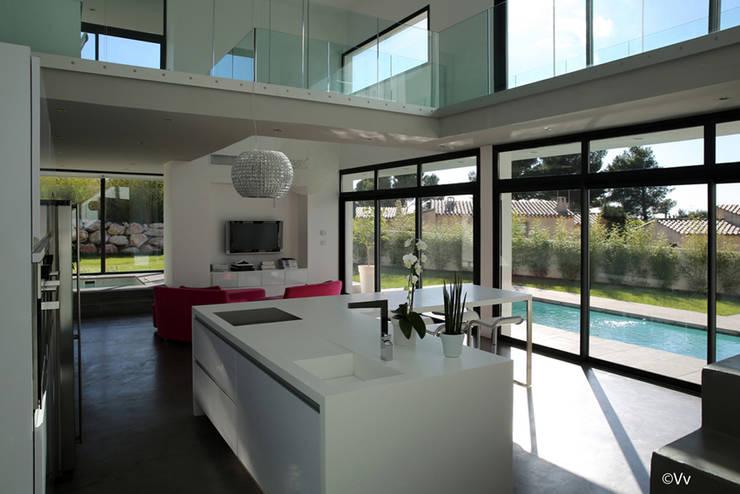Casas de estilo  por Christian Fares