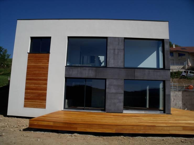 facade ouest: Maisons de style  par Bak'erige