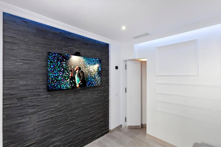 Duquesa : Estudios y despachos de estilo  de Pulse Interior Design SL