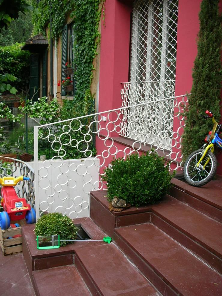 giardino: Giardino in stile  di SENSIBILE DE ROSALES, Moderno