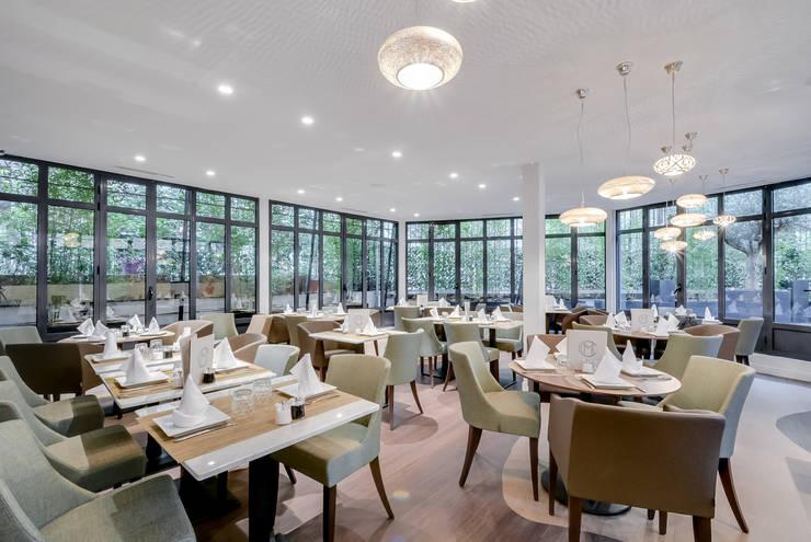 Restaurant <q>Le Monte Cristo</q>: Restaurants de style  par blackStones