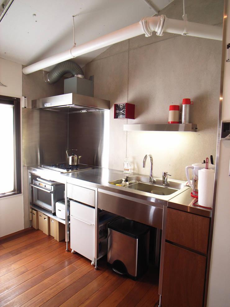 HOUSE M: MIKAZKI co., Itdが手掛けたキッチンです。