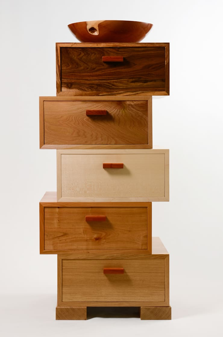 The Magnetic Stack:  Living room by Radiance Furniture Design
