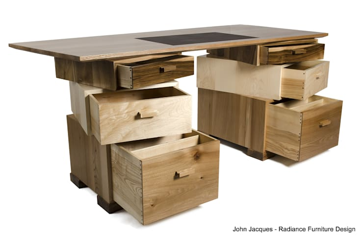 Magnetic Stack Desk with Fitted Humidor:  Office spaces & stores  by Radiance Furniture Design