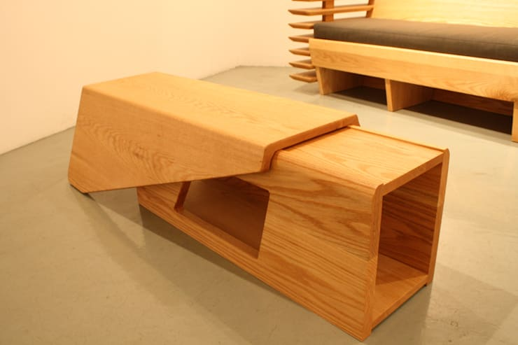 Landing:  Living room by Mobelplus