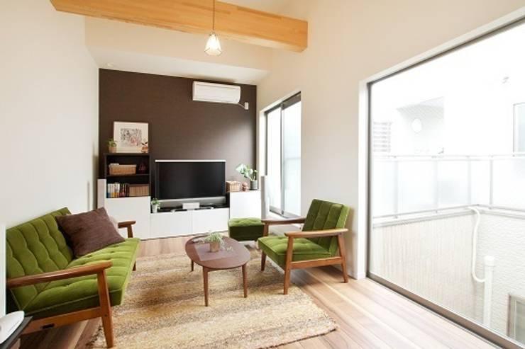 中庭のある家: 株式会社 創匠が手掛けた和室です。