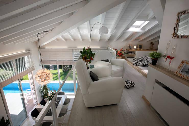 Projekty,  Salon zaprojektowane przez Michelangelo Chiti Architetto