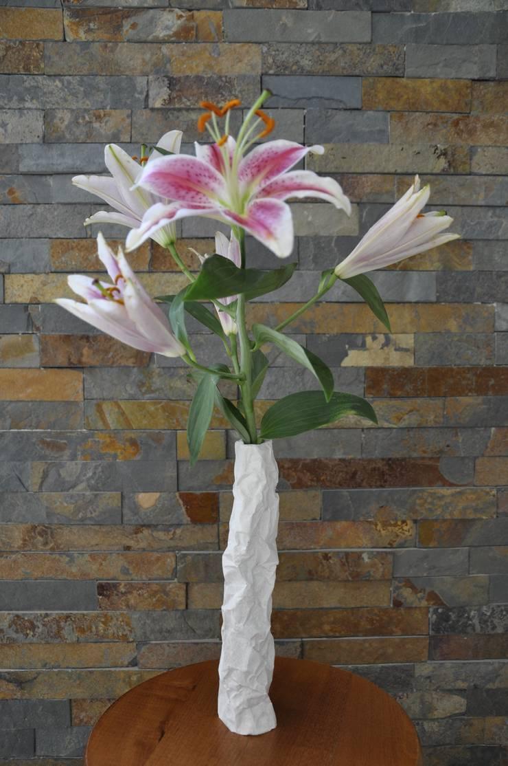 Vase série Falaise: Maison de style  par Chauvin Amandine