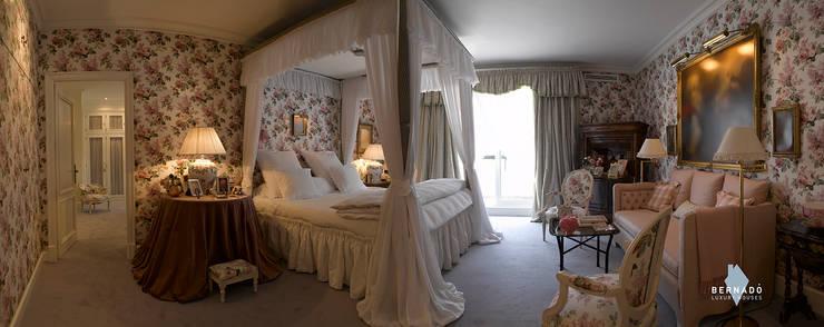 Dormitorio: Dormitorios de estilo  de Bernadó Luxury Houses