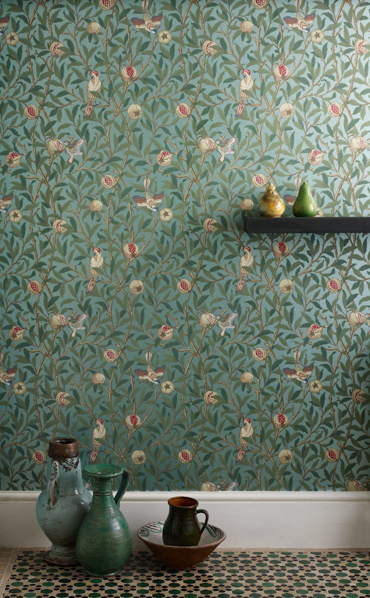 William Morris Wallpaper Mister Smith interiors:  Walls & flooring by Mister Smith Interiors