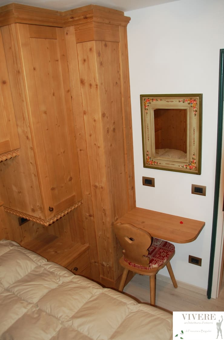 Camera: Camera da letto in stile  di Arredamenti Brigadoi