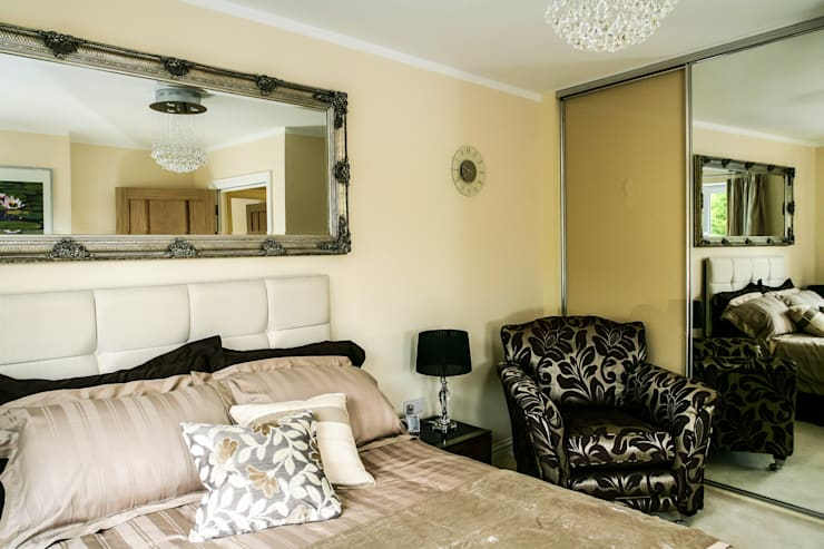 Bedroom: modern Bedroom by Lujansphotography