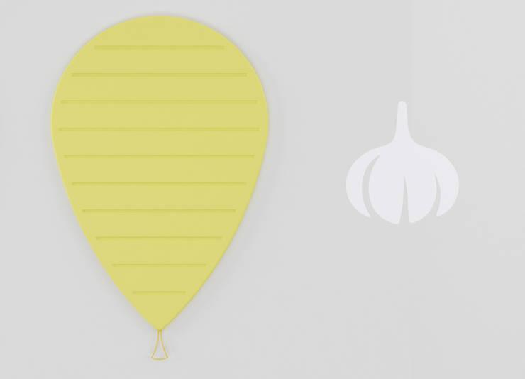 UP:  in stile  di LI-VING design ideas, Moderno
