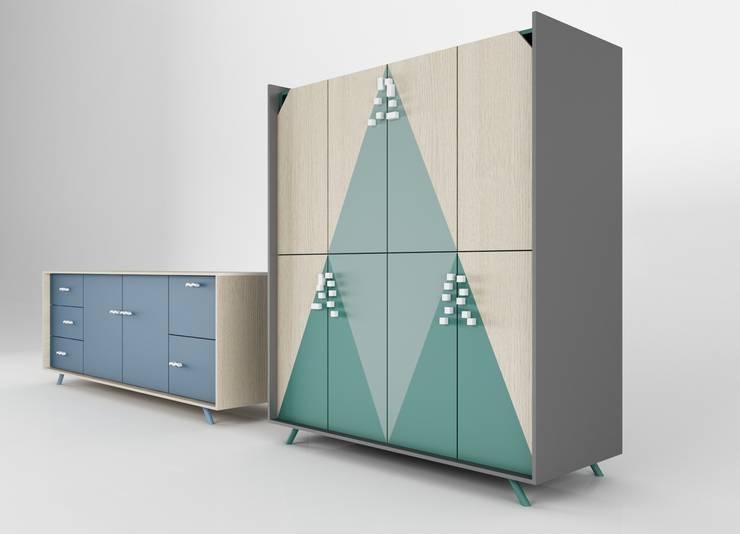 Gargano & Sirente: Soggiorno in stile  di LI-VING design ideas