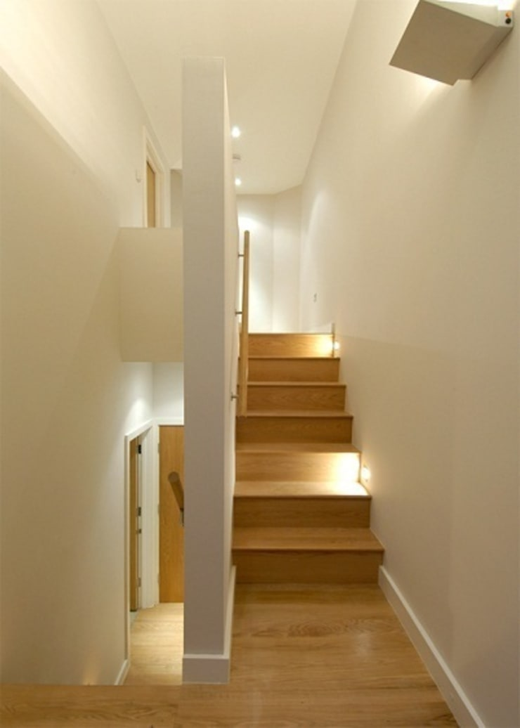 Notting Hill Townhouses:  Corridor & hallway by Clarke Renner Architects