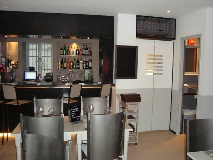 vue de la salle 02: Restaurants de style  par BARONBARON