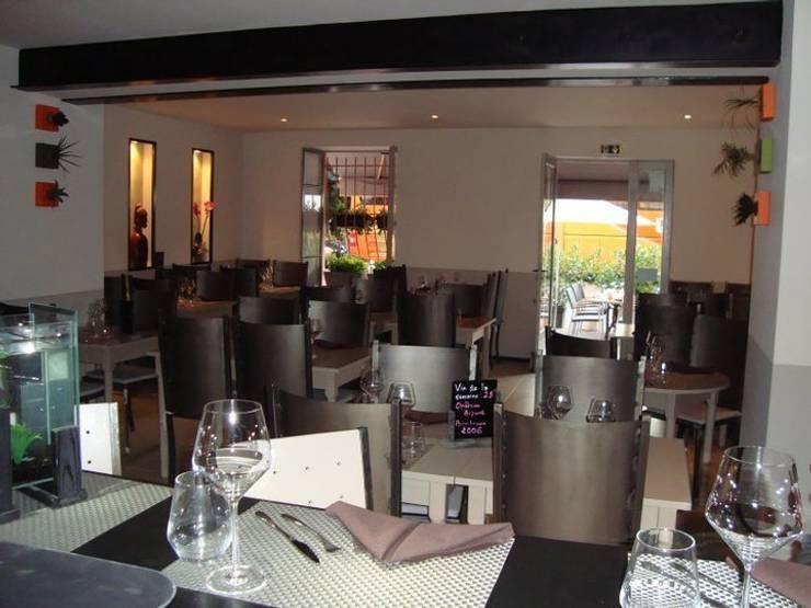 vue de la salle 03: Restaurants de style  par BARONBARON