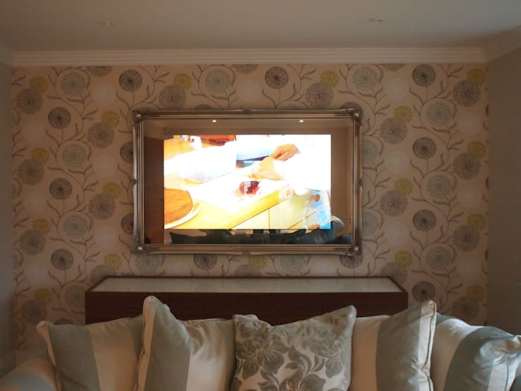 Traditional Framed Mirror TV:  Living room by Designer Vision and Sound