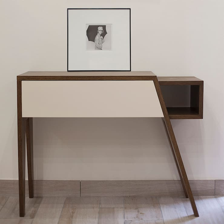 Bon: Ingresso, Corridoio & Scale in stile  di MN product&interiordesigner