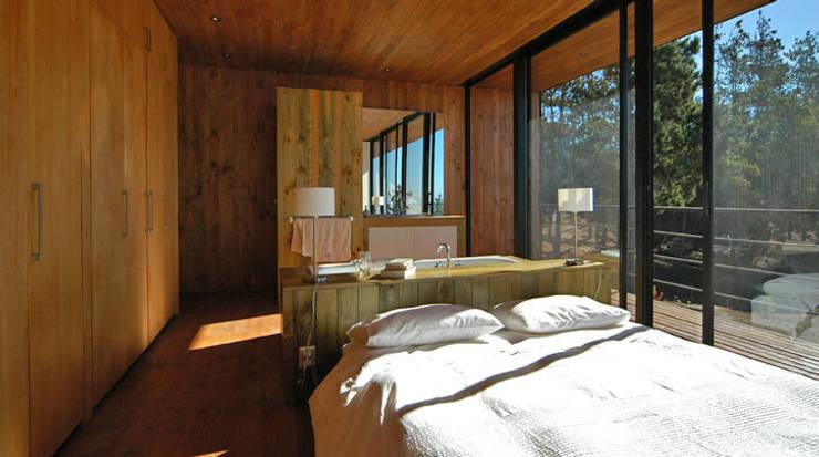 Casa 47:  Schlafzimmer von scoopstudio,Minimalistisch