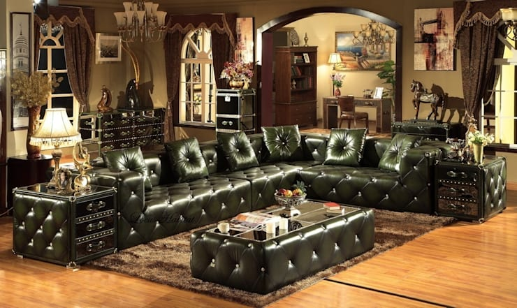 Green Leather Sofa Set:  Living room by Locus Habitat