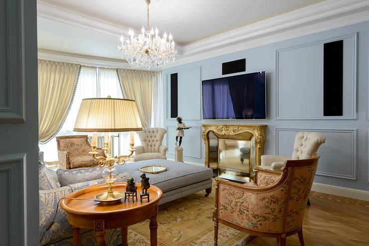 غرفة المعيشة تنفيذ Omela