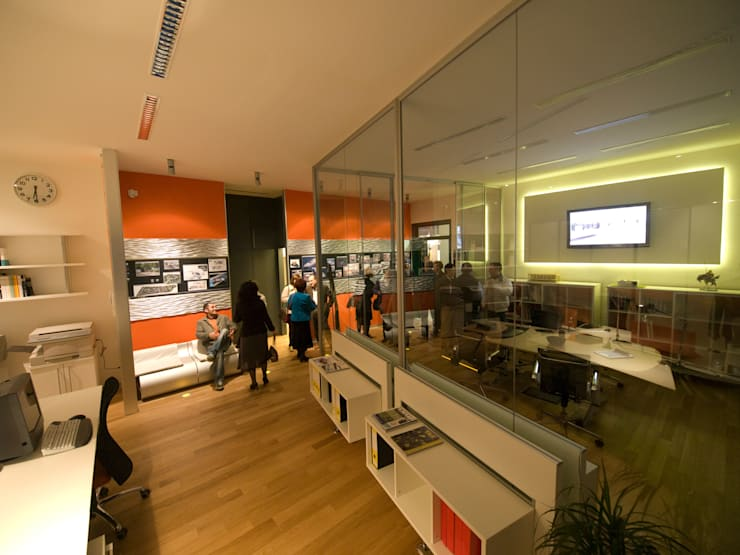 Studio Foschi & Nolletti - Inaugurazione: Studio in stile  di Foschi & Nolletti Architetti,