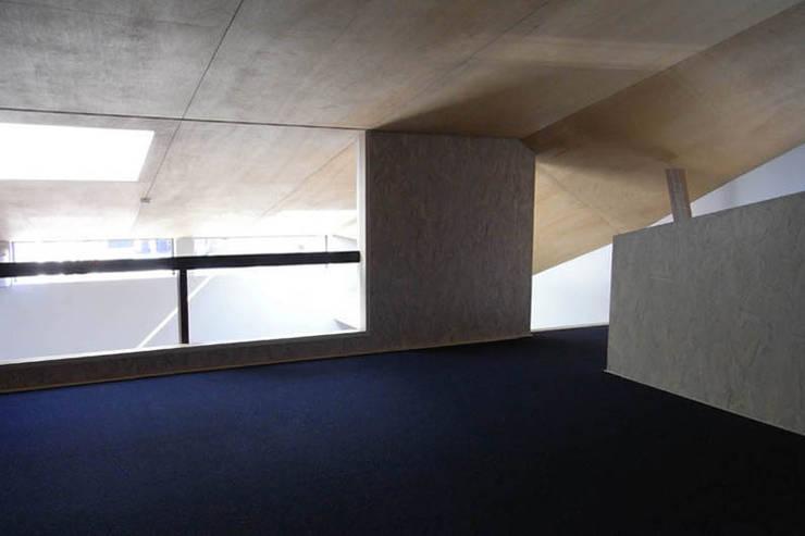 千里丘の家 / House at Senrioka: アトリエ N-size / Atelier N-size Architects Officeが手掛けた和室です。,オリジナル