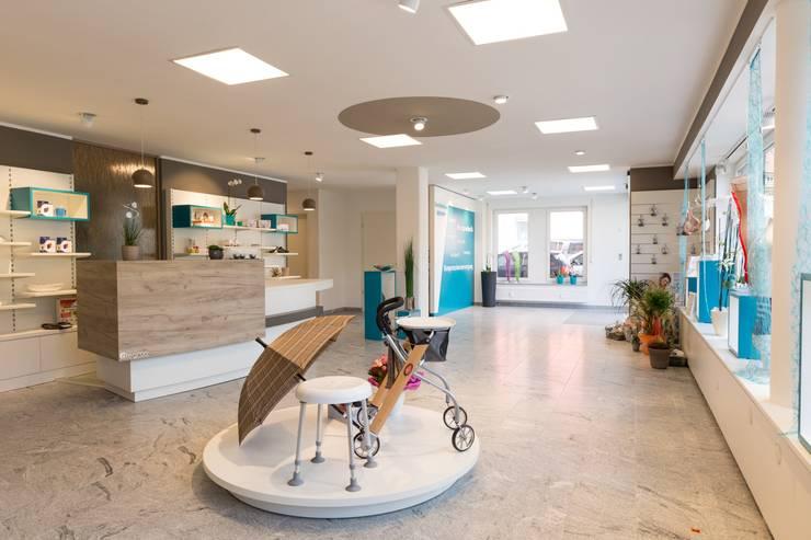 alegroo - interior design:  tarz Ofisler ve Mağazalar
