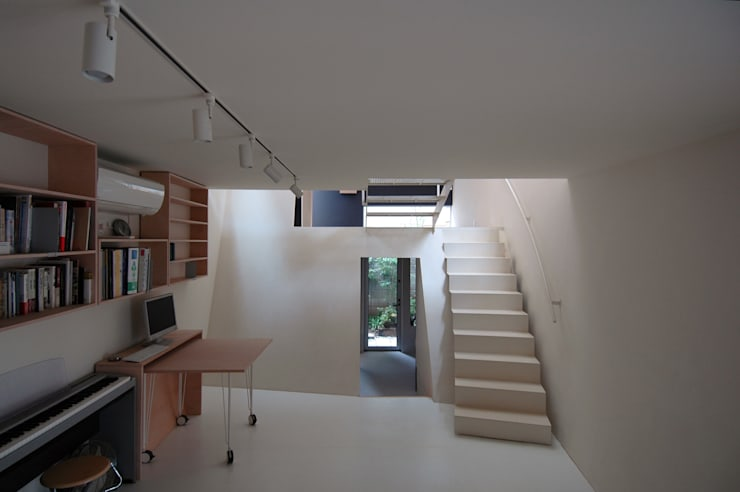 Modern study/office by M+2 Architects & Associates Modern