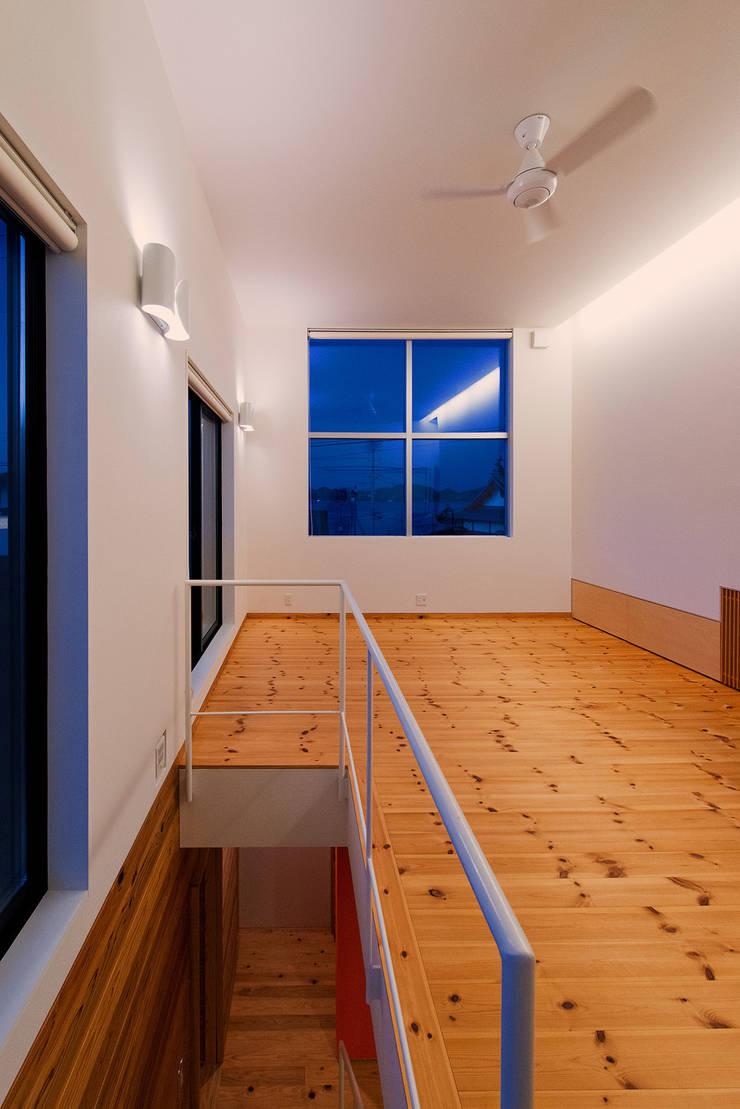 リビング: 長井建築設計室が手掛けたリビングです。,
