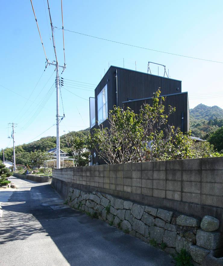 外観: 長井建築設計室が手掛けた家です。,