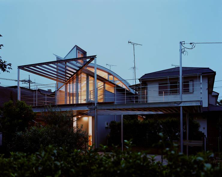 トライアングル・ハウス: 西島正樹/プライム一級建築士事務所 が手掛けた家です。