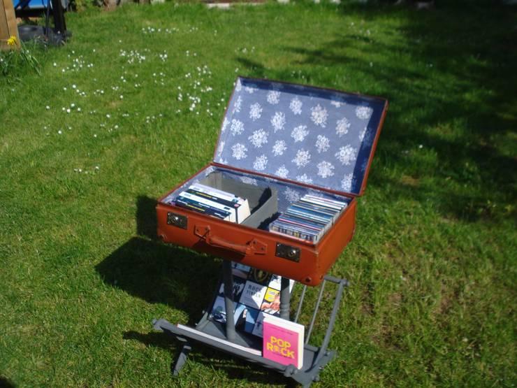 Vol VA 002 : Valise rangement sur console à volets par Agnès Recup'Art Éclectique
