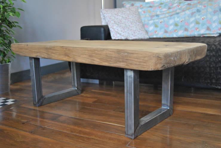 Table basse « Work Bench »: Maison de style  par LittleJohn Home