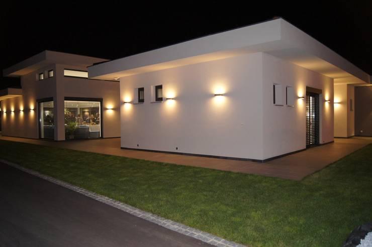 بلكونة أو شرفة تنفيذ Bolz Planungen für Licht und Raum