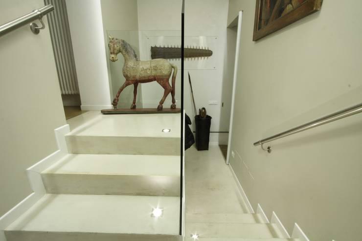 Study/office by alessandro.spagliardi, Modern