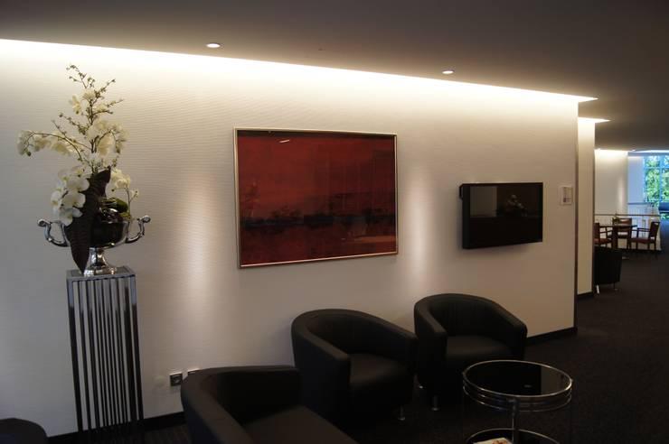 مكاتب ومحلات تنفيذ Bolz Planungen für Licht und Raum