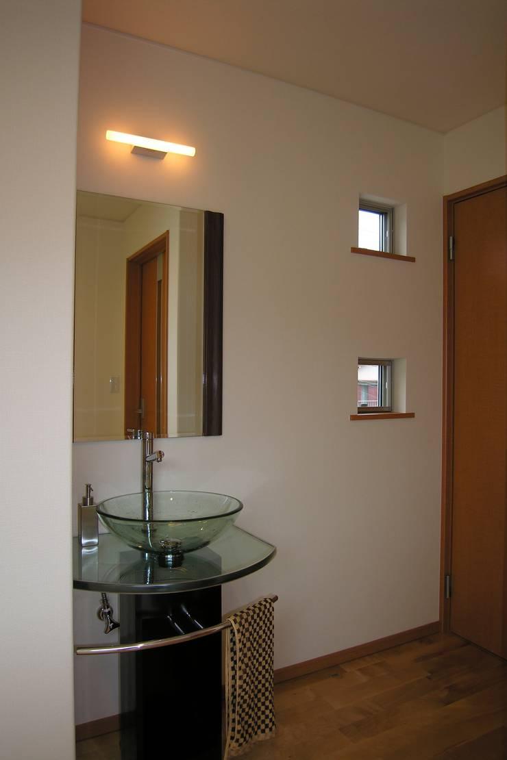 洗面所 モダンスタイルの お風呂 の SD モダン