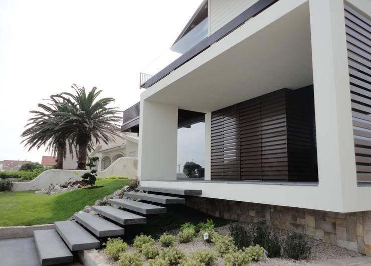 Projekty,   zaprojektowane przez GAAPE - ARQUITECTURA, PLANEAMENTO E ENGENHARIA, LDA