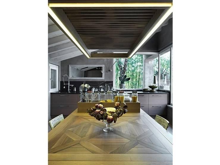 Maison bamboo: Cucina in stile  di Studio Maggiore Architettura
