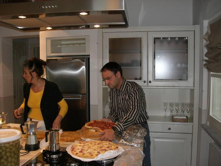 la cucina: Cucina in stile  di STUDIO DI ARCHITETTURA CLEMENTI,
