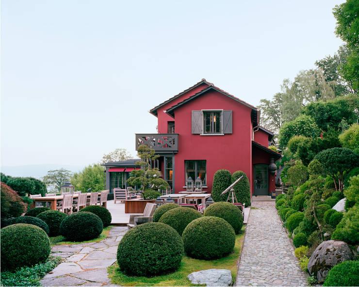 Balconies, verandas & terraces  by Lando Rossmaier Architekten AG
