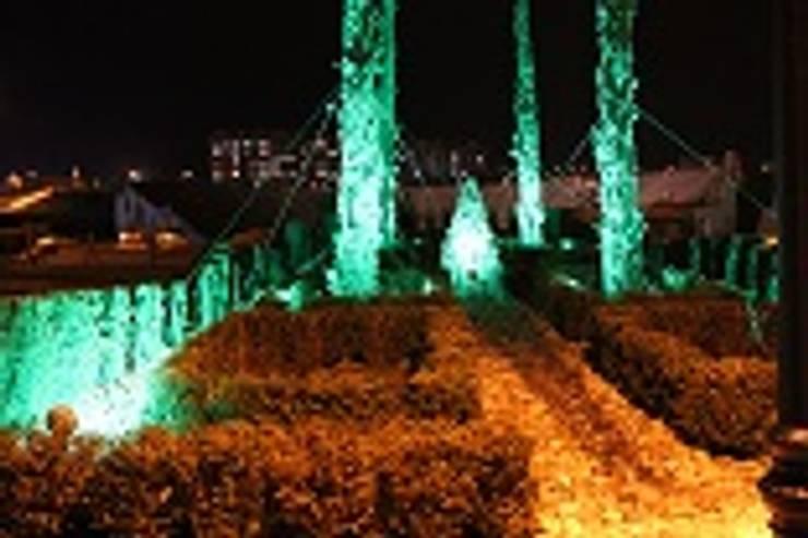BAYTAŞ LIGHTING PROJECT CONTRACT MANUFACTURING INDUSTRY LTD. INC.CO. – HAYDAR ALİYEV PARKI:  tarz Teras, Akdeniz