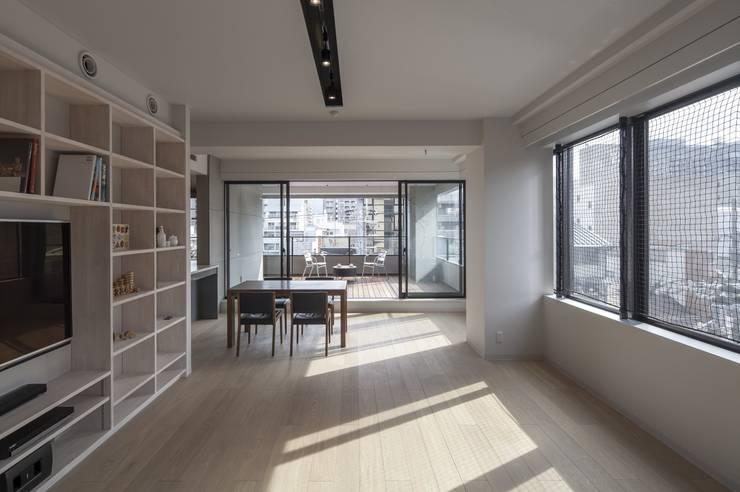 penthouse tn モダンデザインの リビング の 村川美紀建築設計事務所 モダン