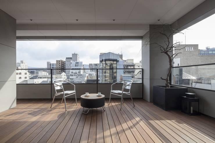 penthouse tn モダンデザインの テラス の 村川美紀建築設計事務所 モダン