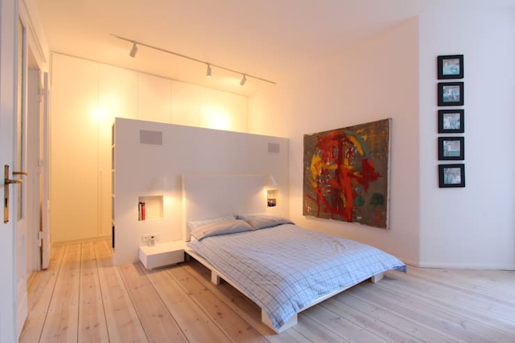 modern Bedroom by WAF Architekten