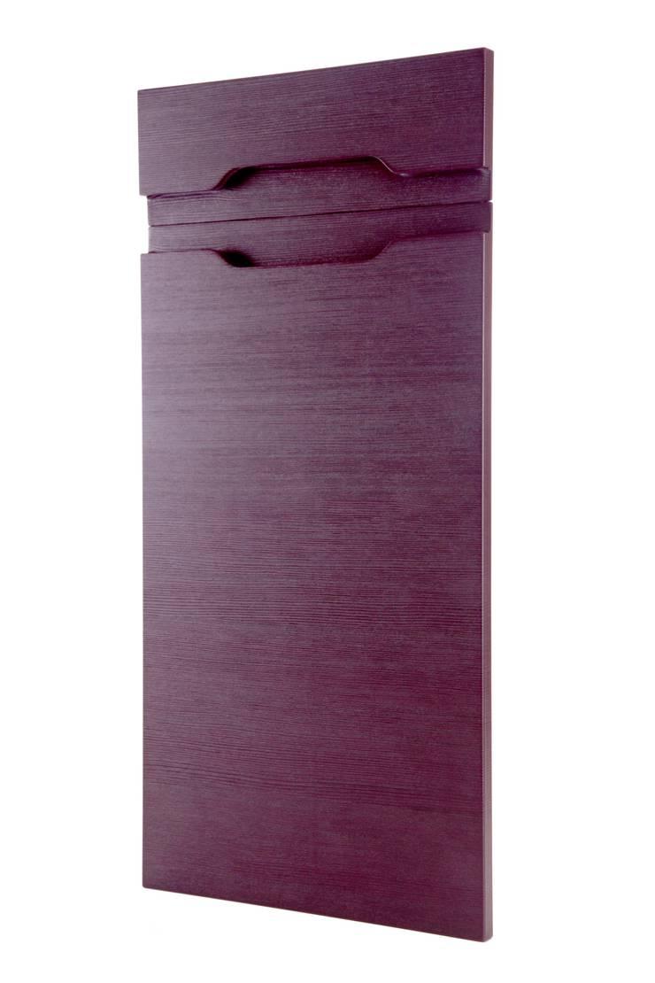 Puertas cocina ba o sal n de retec 2000 homify - Frisse puertas ...
